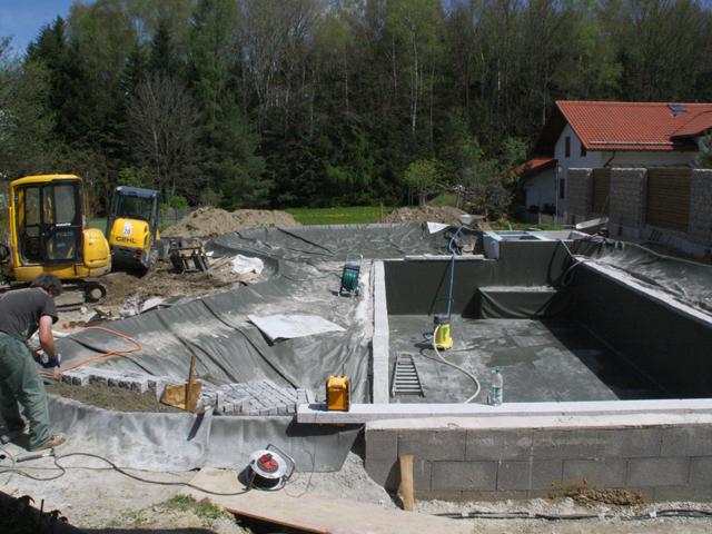 martin-haeringer-gartenbau-landschaftsbau-schwimmteich-bauablauf-10